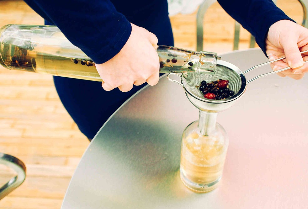 Приготовить джин домашних условиях